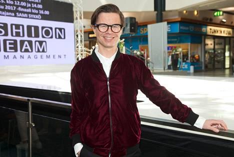 Koronakevät synnytti muotikauppaan kauaskantoisen ketjureaktion, Fashion Finlandin liiketoiminnan johtaja ja päätoimittaja Sami Sykkö kertoo.