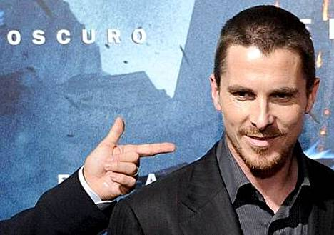 Christian Bale menetti malttinsa rahan takia, väittää brittilehti.
