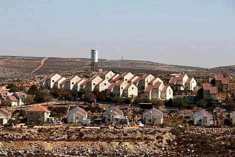 Israelilainen Shvut Rachelin siirtokunta sijaitsee lähellä palestiinalaisten hallintopääkaupunkia Ramallahia.
