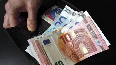 Taloudelliset ongelmat nuorilla ja lapsiperheillä ovat lisääntyneet kahden viime vuoden aikana, Nordeasta kerrotaan.