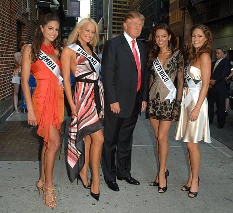 Ninni Laaksosen mukaan hänen mainittiin muistuttavan Trumpin Melania-vaimoa nuorena.