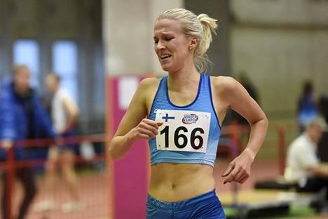 Paremmin ratajuoksijana tunnettu Camilla Richardsson on Suomen tilastoykkönen puolimaratonilla.