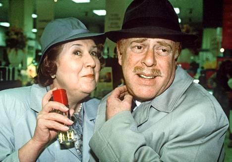 Patricia Routledgen näyttelemän Hyacinthin ressukan aviomiehen Richardin roolissa nähtiin Clive Swift.