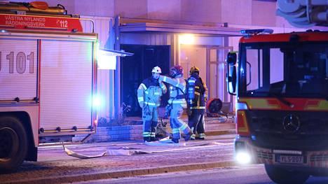 Espoossa Majurinkadulla riehuneen tulipalon epäillään olleen tahallaan sytytetty.