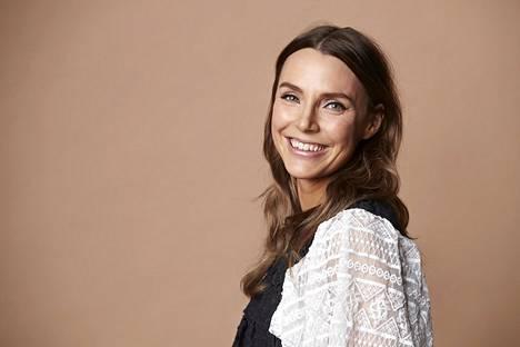 Perhebloggaaja Karoliina Pentikäinen