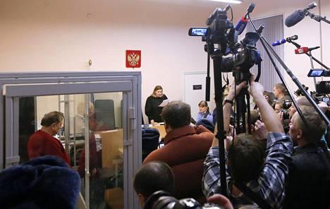 Oleg Sokolovin tapaus on ollut Pietarissa kaupungin suurin uutinen muutaman päivän ajan. Sokolov on tunnettu historioitsija ja hän oli myös Vladimir Putinin perustaman Venäjän sotahistoriallisen seuran tieteellisen neuvoston jäsen.