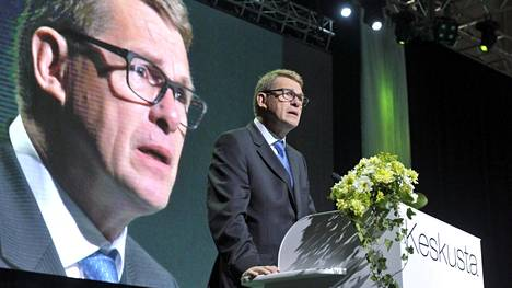 Matti Vanhanen toivoi, että Suomi ja Ruotsi pysyisivät sotilasliiton ulkopuolella.