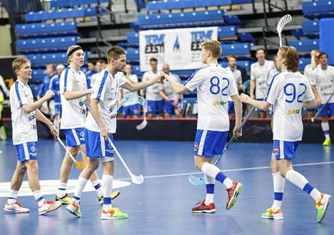 Suomi voitti salibandyn MM-karsintaottelun 24–0