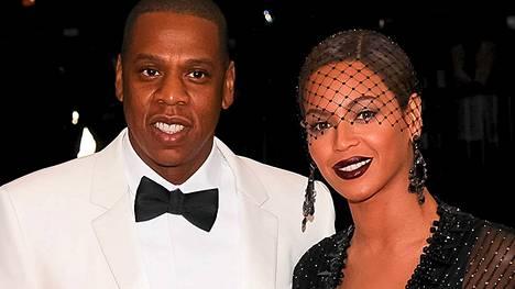 Jay Z ja Beyoncé tienaavat huiman summan lyhyestä hääesiintymisestä.