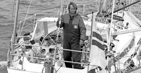 Hjallis Harkimo saapui maailmanympäripurjehdukseltaan Helsinkiin 17. kesäkuuta 1987. Purjehtija oli laihtunut 15 kiloa matkan aikana.