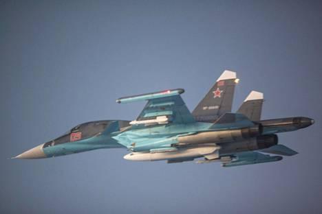 Venäjä panostaa asevoimaan talousvaikeuksistaan huolimatta.
