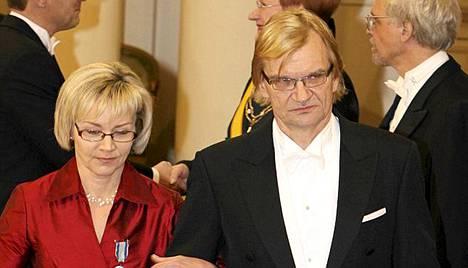 Antero ja Pirjo Mertaranta osallistuivat Linnan juhliin 2008.