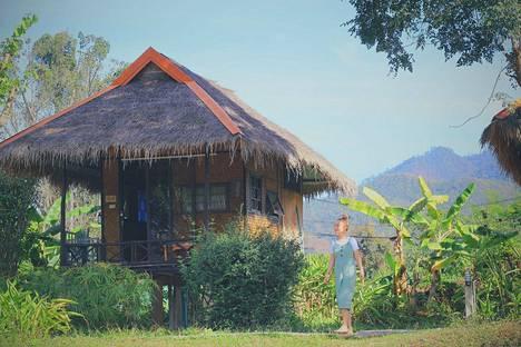 Tällä hetkellä Laura Santanen viettää aikaa Thaimaassa.