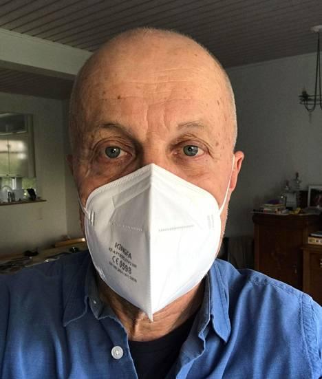 Kuppimainen muoto helpotti testitilanteessa hengittämistä, arvioi Ari Häll.