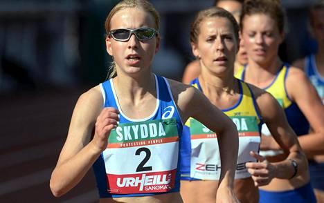Johanna Peiponen voitti viikonvaihteessa maastojuoksun Pohjoismaiden mestaruuden. Kuva on elokuulta 2014, jolloin hän kilpaili Ruotsi-ottelun 5 000 metrillä.