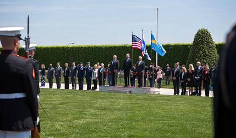 Yhdysvaltain puolustusministerin James Mattis vastaanotti puolustusministeri Jussi Niinistön ja Ruotsin puolustusministerin Peter Hultqvistin Washingtonin-vierailulle näyttävin menoin.