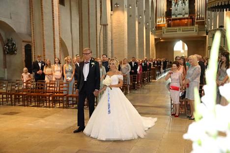 Sukari ja Eerola vihitään Turun tuomiokirkossa.
