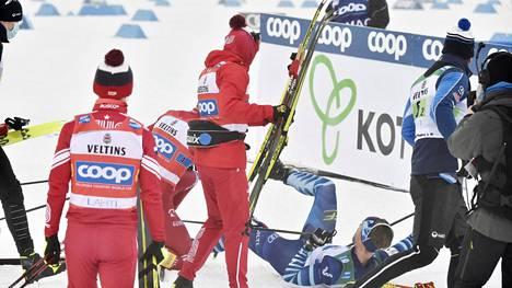 Joni Mäki jäi Bolshunovin jyrän alle.