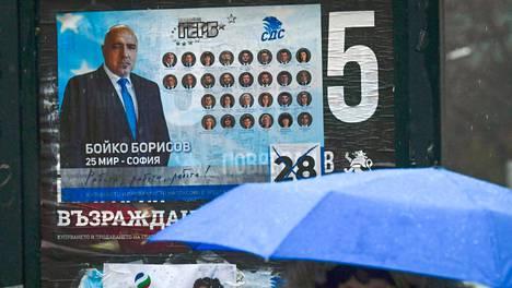 Pääministeri Boiko Borisovin mainosjuliste Sofiassa.