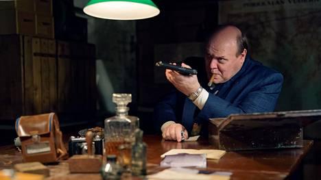 Kylmän sodan aikaan sijoittuvasta kotimaisesta vakoojasarjasta Nyrkki on tekeillä toinen tuotantokausi. Hannu-Pekka Björkman näyttelee Yrjö Ylitaloa.