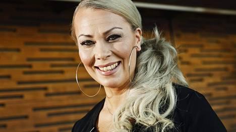 Johanna Pakonen erosi vuonna 2015.