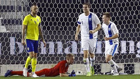 Eero Markkanen teki maajoukkueuransa avausmaalin Ruotsia vastaan Qatarissa.