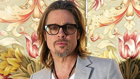 Brad Pitt, Obaman miehiä.