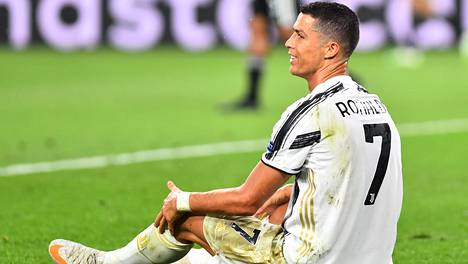 Juventus ei onnistunut Cristiano Ronaldon kahdesta maalista huolimatta kääntämään Lyonia vastaan pelattua otteluparia edukseen.
