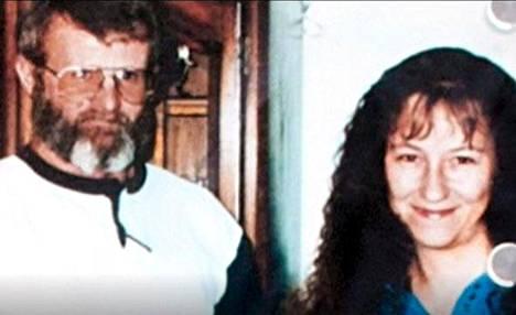 William ja Nancy Mueller murhattiin vuonna 1996. Nancy Muellerin sukulaiset eivät halua, että murhaajaa kuitenkaan teloitetaan.
