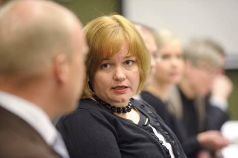 Taajuushuutokauppaa on valmistellut ministeri Krista Kiurun johtama viestintäministeriö.