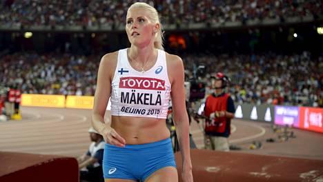 Kristiina Mäkelä voitti Ruotsi-maaottelussa naisten kolmiloikka -kisan.