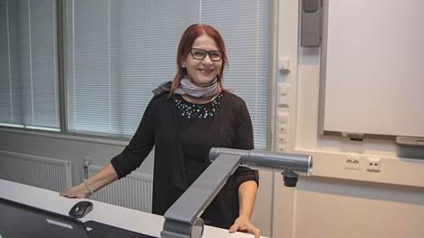 Leningradissa oppaana toiminut Irja Mehtälä tuli Suomeen matkalle vuonna 1989 ja rakastui.
