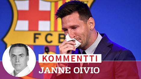 Lionel Messi itki vuolaasti tiedotustilaisuudessa.