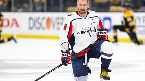 Aleksandr Ovetshkin on pelannut 1197 NHL-ottelua ja tehnyt niissä 730 maalia.
