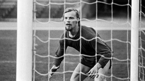 Vesa-Matti Loiri HJK:n maalissa Gornikia vastaan heinäkuussa 1972.