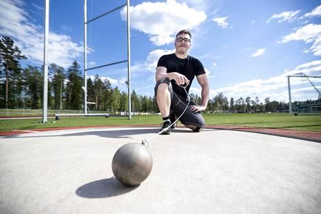 Aaron Kankaan uusi ennätys on 77,09 metriä.