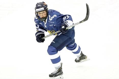 Sanni Hakala viiletti olympialaisten esiturnauksessa joulukuussa 2017.