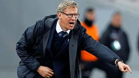 """Huuhkajat pelaa Viroa vastaan Qatarissa – Kanerva: """"Kapteenimme muistutti syistä, miksi olemme täällä"""""""