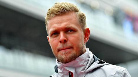 """Jatkosopimuksen saaneen F1-kuskin törkeä ajaminen ihmetyttää maailmanmestaria – """"Se oli rikollista ajamista"""""""