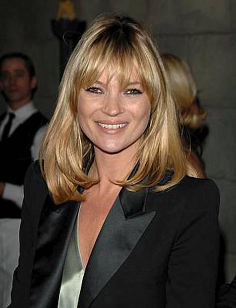 Kate Moss juhlii 34-vuotissyntymäpäiviään viikon ajan.