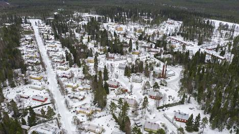 Lampinsaaren kaivoskylässä asui parhaimmillaan yli 1 200 asukasta.