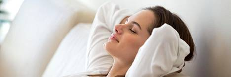 Jos haluat rauhoittaa etenkin unta, harjoituksia kannattaa tehdä ennen nukkumaanmenoa.