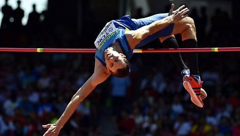 Bohdan Bondarenko tavoittelee toista peräkkäistä maailmanmestaruutta.