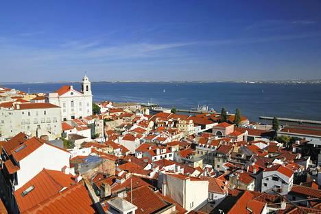 Portugalissa asuva Anu huomasi tuntevansa huonoa omatuntoa aina, kun teki sisällä töitä aurinkoisena päivänä.