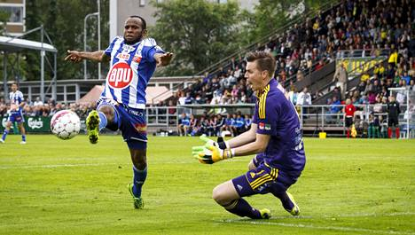 Ousman Jallow aloittaa alustavien kokoonpanojen mukaan HJK:n kärjessä.