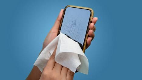 Puhelimen puhdistukseen ei kannata käyttää mitä tahansa puhdistusainetta.