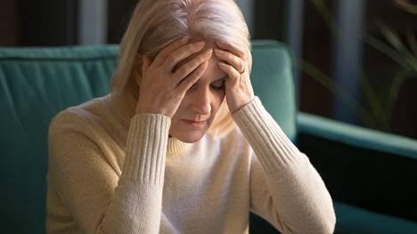 Brittitutkijoiden havainnot viittaavat vahvasti siihen, etteivät hormonikorvaushoidot etenkään lyhyinä hoitoina suurenna riskiä sairastua dementiaan.