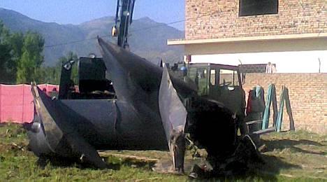 Osama bin Laden -operaatiossa käytetty helikopteri on palautettu Yhdysvaltoihin.