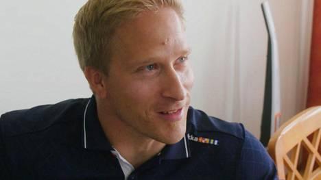 Leo-Pekka Tähti kertoo Yökylässä Maria Veitola -ohjelmassa puolentoista vuoden takaisesta avioerostaan.