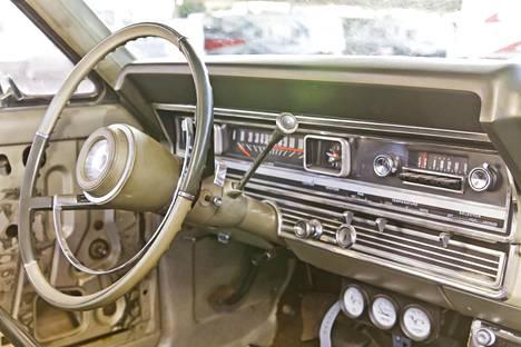 Fairlanen kojelauta näyttää tältä. Korjaus: Alun perin kuvatekstissä mainittiin Mustang.